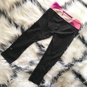 Lululemon Fitted Black Cropped Leggings sz 6
